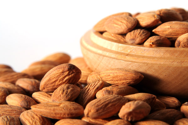 Benefits of 23 Almonds a Day