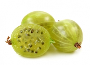 Green gooseberries to Increase Blood Platelet Level Naturally