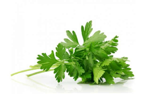 Parsley paste for menstrual cramps
