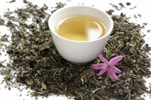 white tea with dry leaves