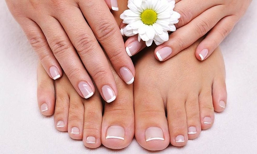 Is Cold Weather A Serious Concern For Healthy Nails?
