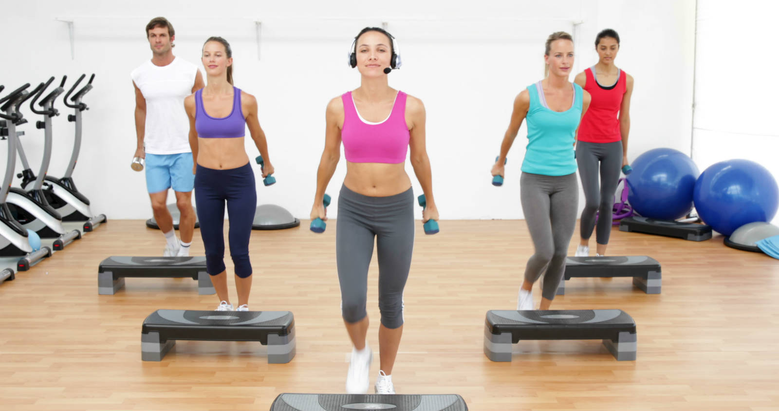 how to become an aerobics instructor