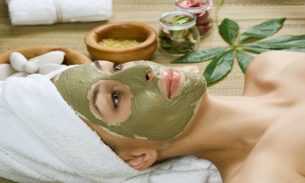 5 Hypoallergenic face packs that can give you a glowing skin