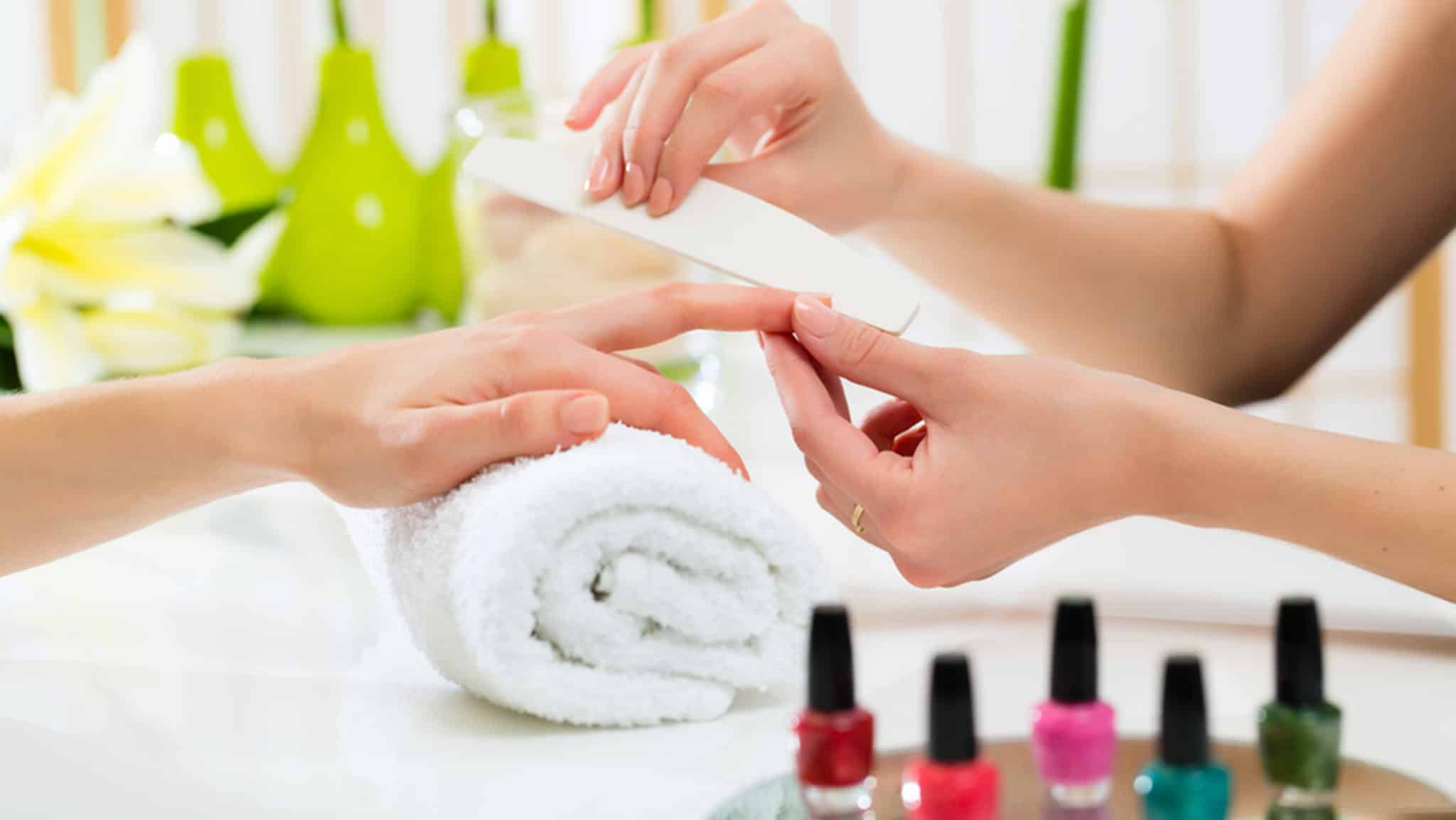 How to give yourself a manicure at home inlifehealthcare how to give yourself a manicure at home solutioingenieria Image collections