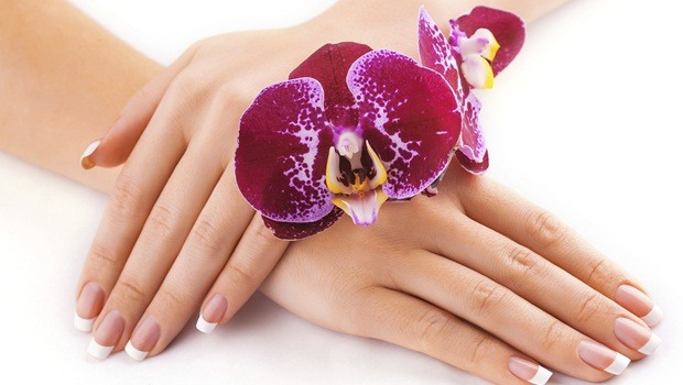 Natural Beauty Ways For Hand Treatment
