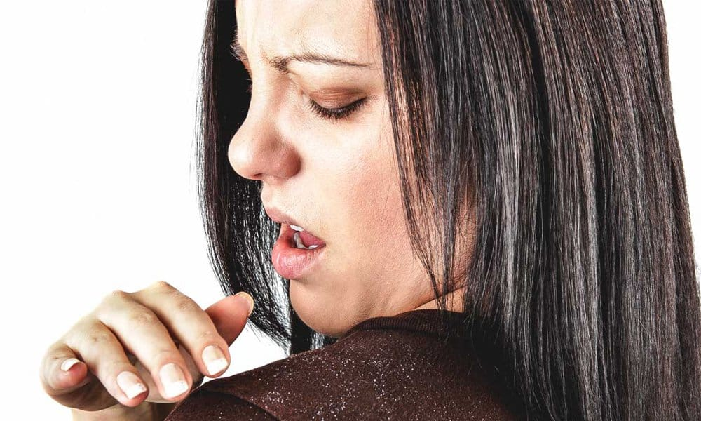 Home Remedies To Treat Dandruff In Winter Season