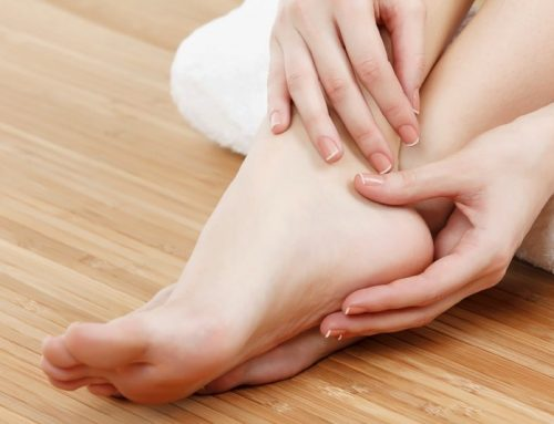 Home Remedies To Treat Cracked Heels In Winter